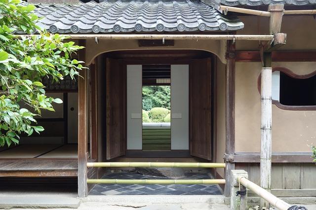 vchod na zahradu