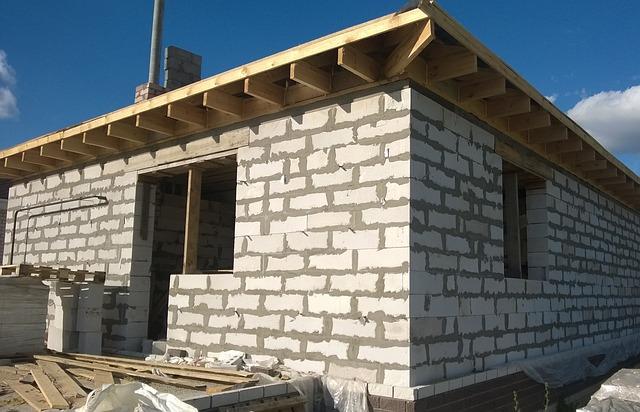 nedokončený dům
