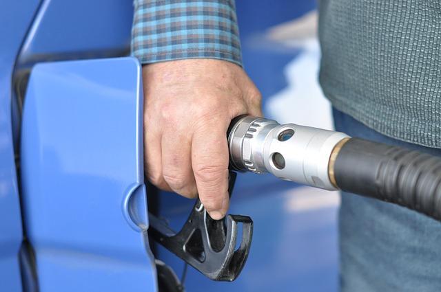 tankování nafty.jpg
