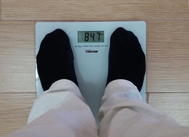 člověk na váze.jpg
