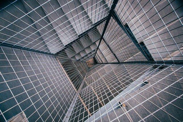 vysoké schodiště